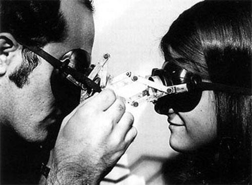 Lygia Clark - Diálogo: Óculos