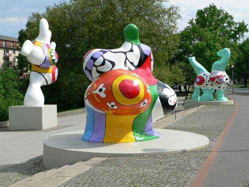 Niki de Saint Phalle - Nana em Hannover